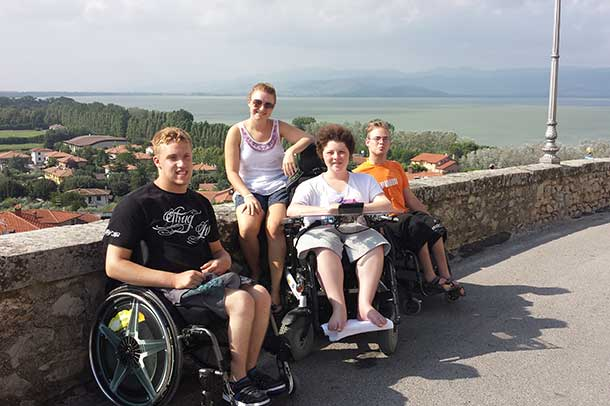 Spenden_Jugendliche-mit-Behinderung_Reisen_Rollstuhl_Italien