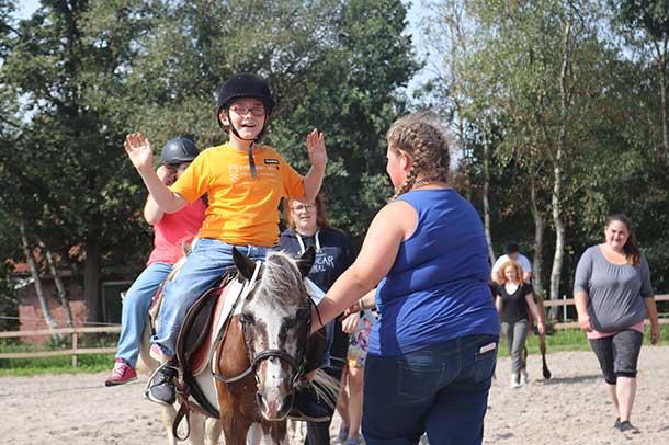 Spenden_Kinder-mit-Behinderung_Urlaub_Reiten