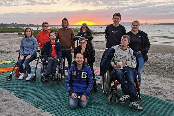 Erwachsene-,it-geistiger-Behinderung_Ostsee_Stralsund_Sonnenuntergang
